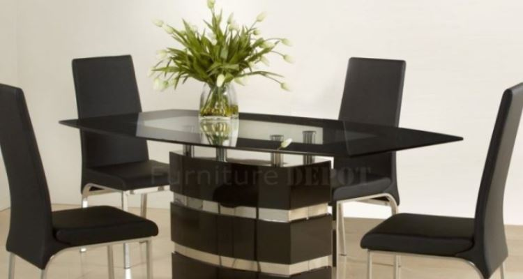 Modern Dining Room Tables in a Modern Day Style